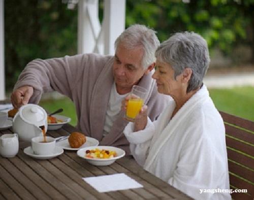 老人预防心血管疾病 需养成良好习惯