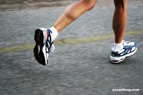 怎么跑步才能燃烧更多脂肪