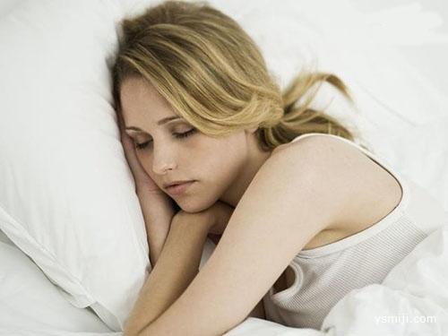 睡觉时身体突然抖一下,是怎么回事?