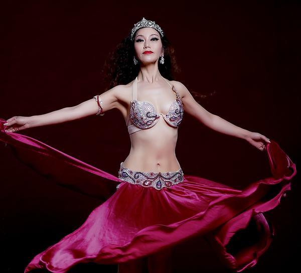 肚皮舞怎么动臀部 肚皮舞练习的大技巧