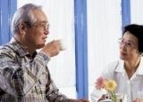 老人贫血春节应该怎么吃